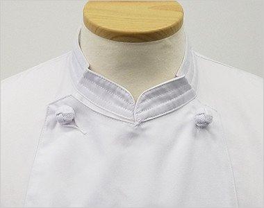 スタイリッシュなステッチ入りの襟元