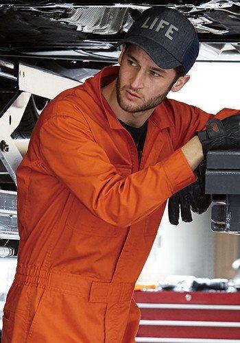 自動車整備士さんを中心に人気のある長袖ツナギ